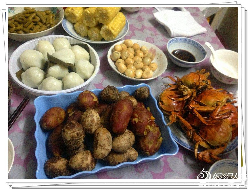 让大家看看我们的健康主食和大闸蟹