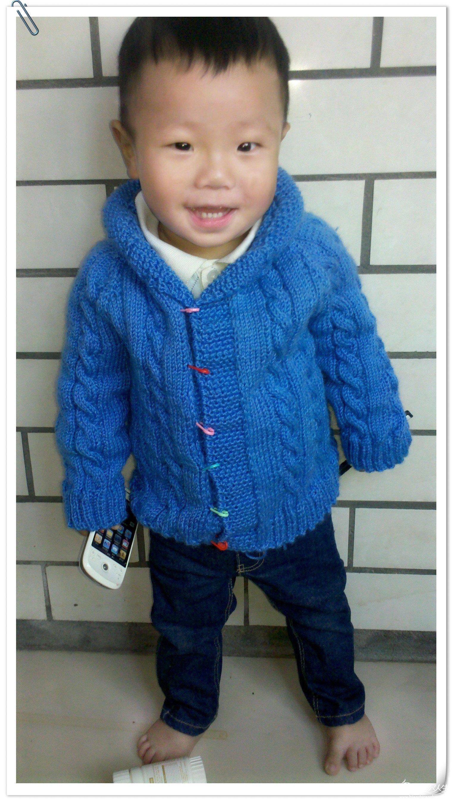 小淘气的蓝色毛衣外套1.jpg