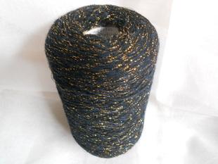 颜色;2根金丝,(1根宝蓝,1根黑色)羊绒2色羊绒一起拿80元