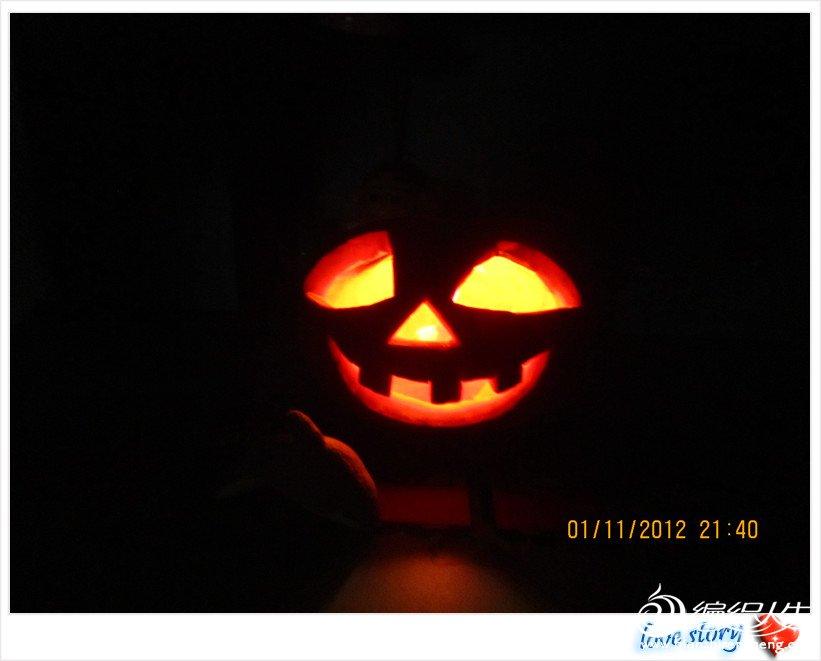 黑暗中的笑脸
