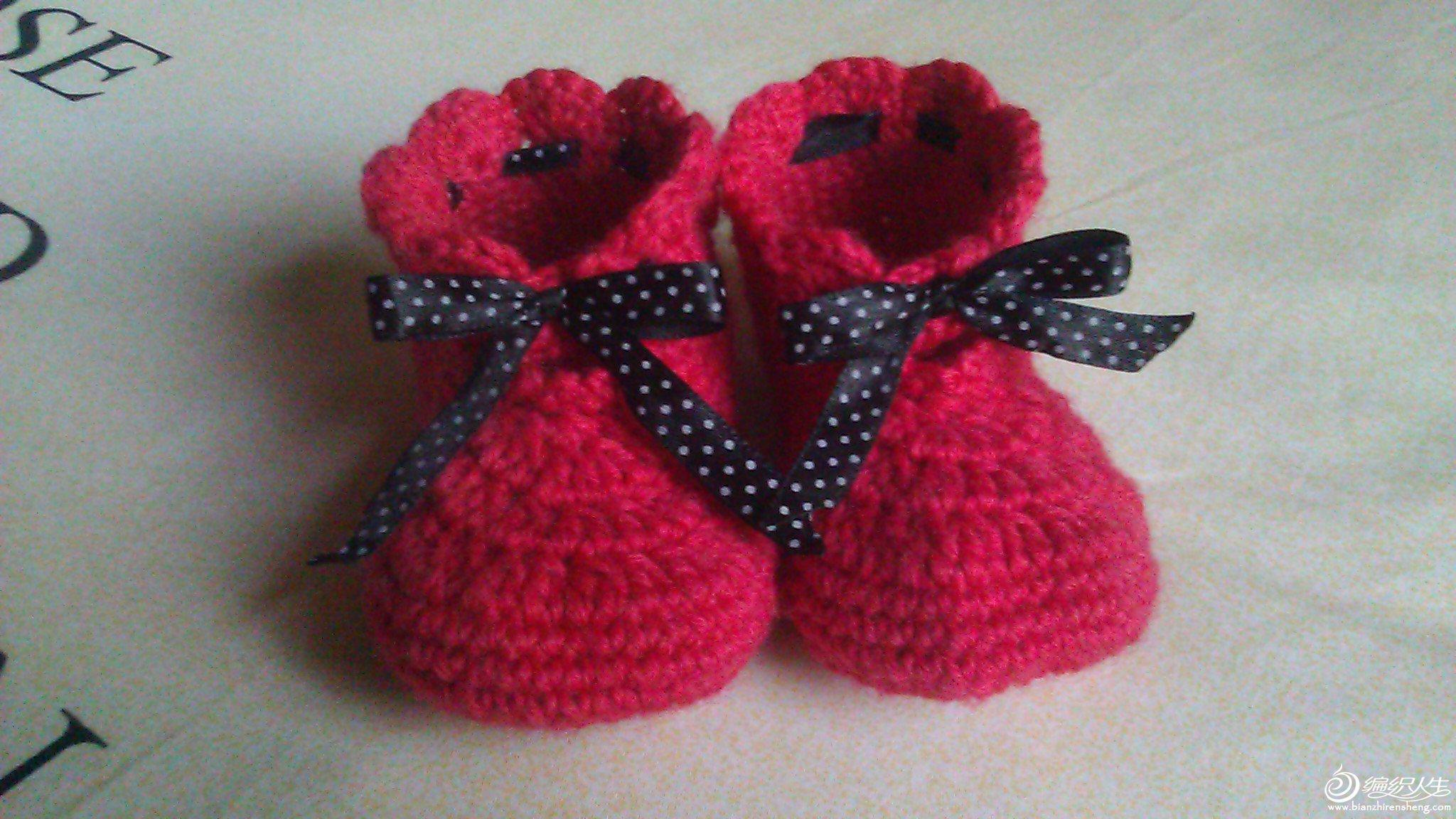 果宝的缎带小靴子
