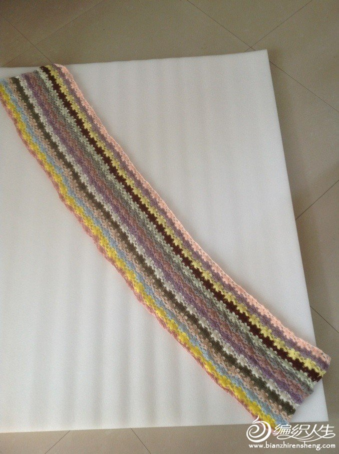这是利用零线自创的小围巾
