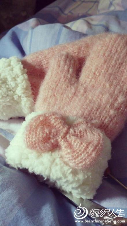 自己织的手套 做的羊羔绒内胆