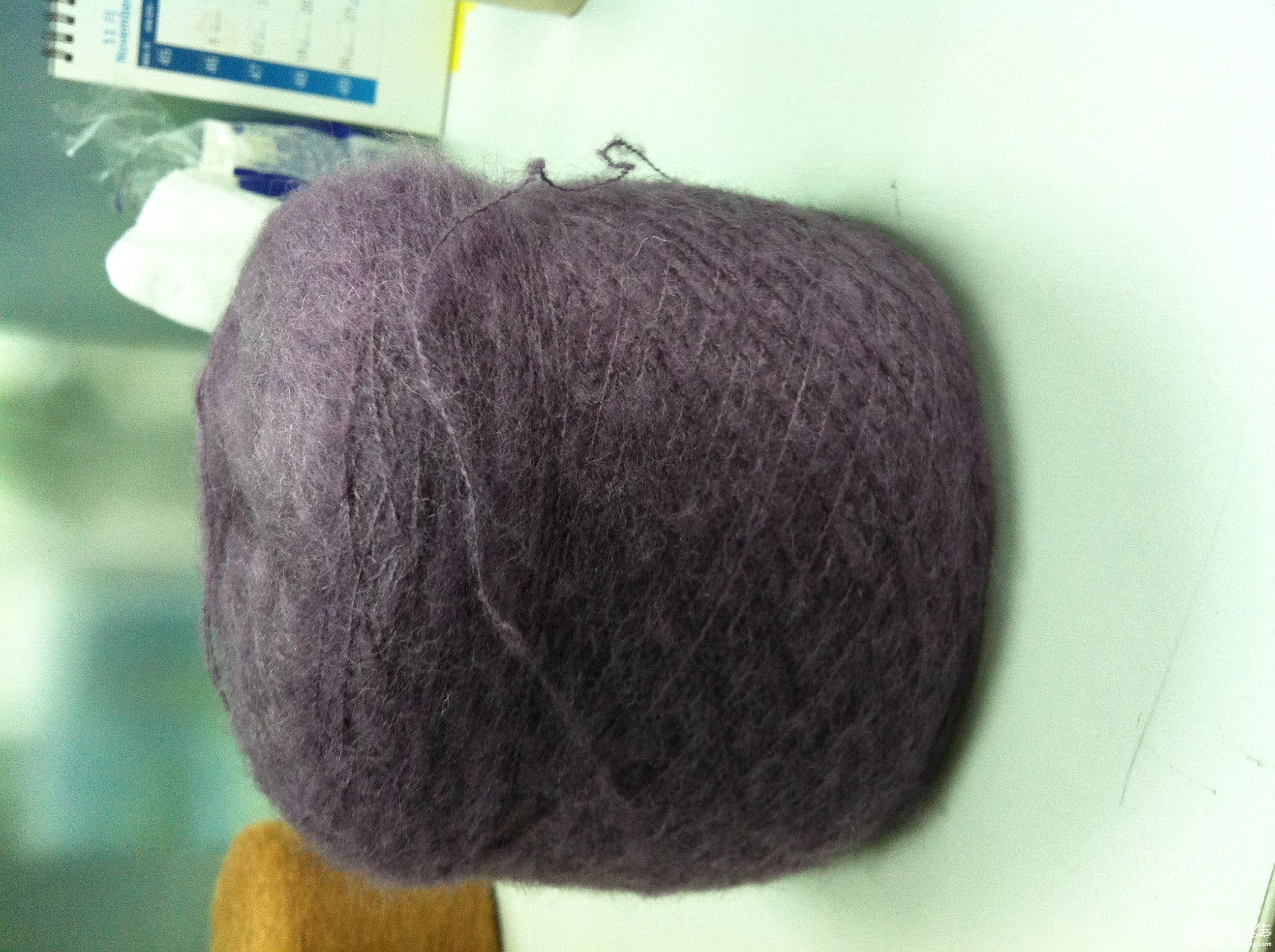 这个是紫色,n大的色差,成灰色了