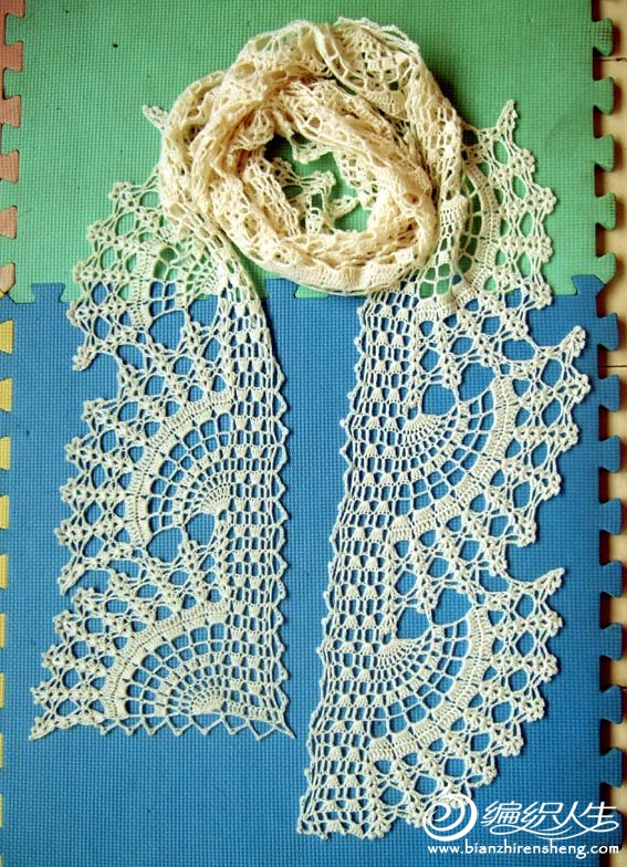 白色羊绒围巾3.jpg