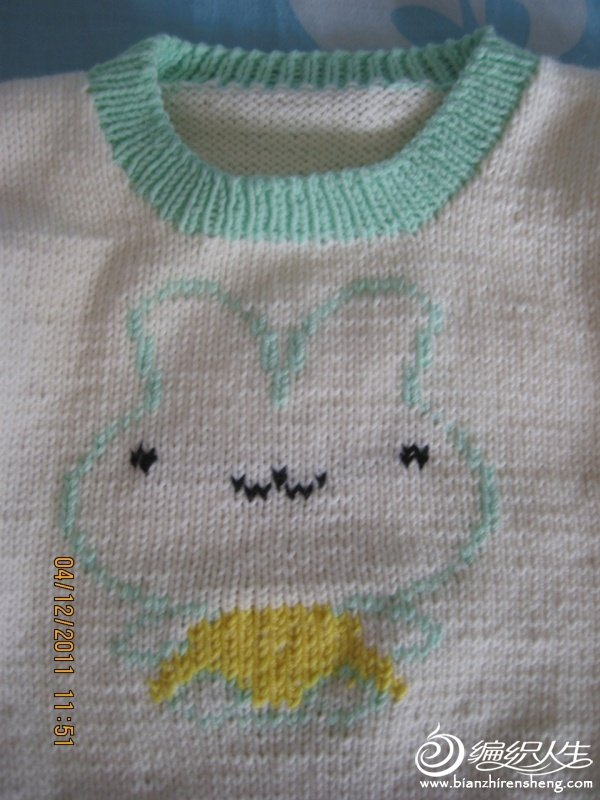 小兔毛衣2.jpg