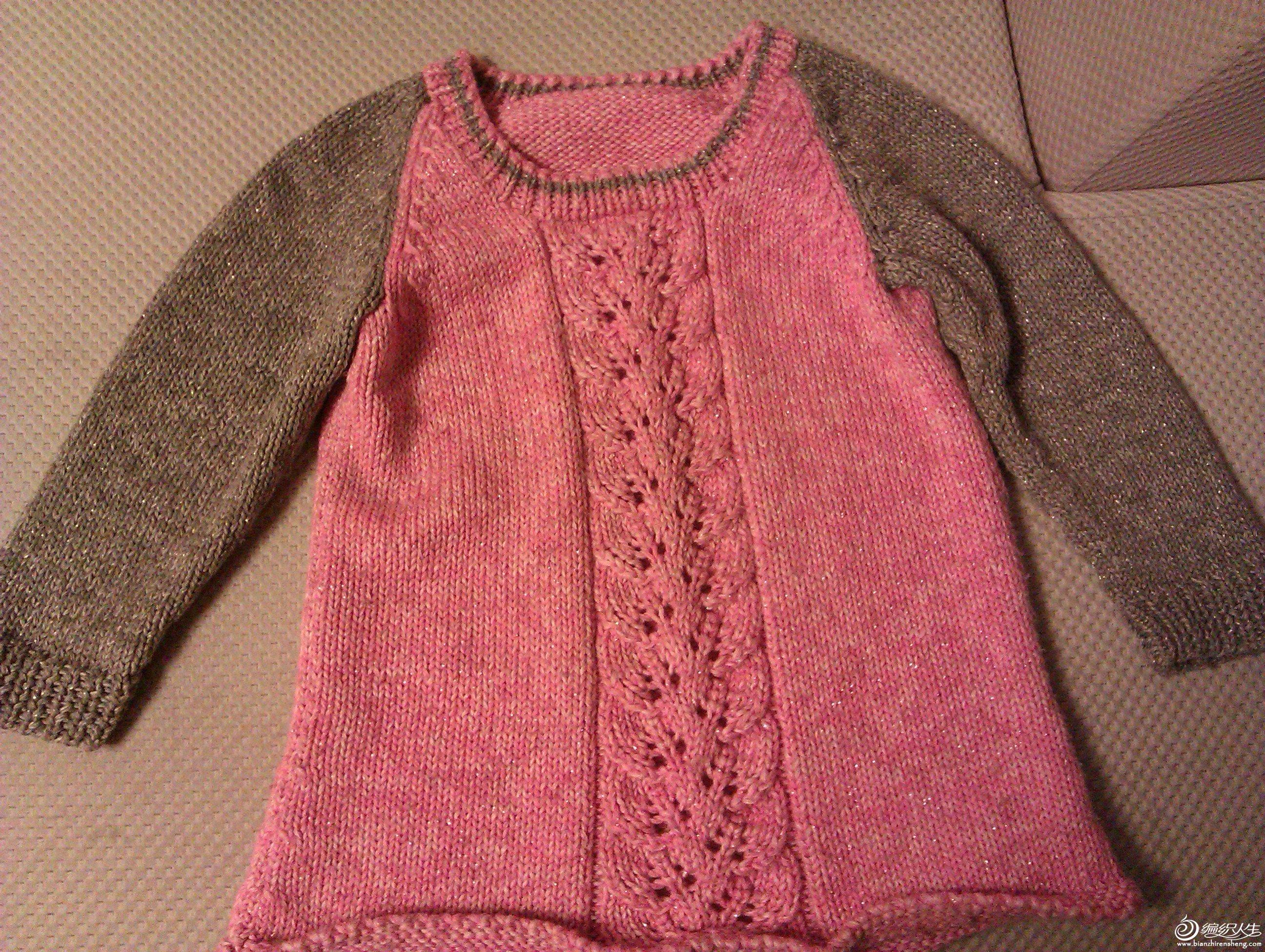 宝宝是粉红控,自己选了这款线,可是身体织完后,线不够了,跑了好几家店都配不到相同线,只好配了这个灰色 ...