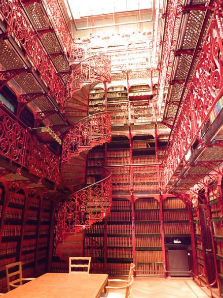 西班牙老图书馆