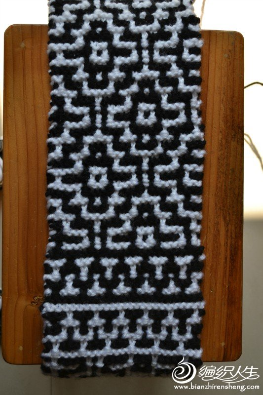 马赛克围巾.jpg