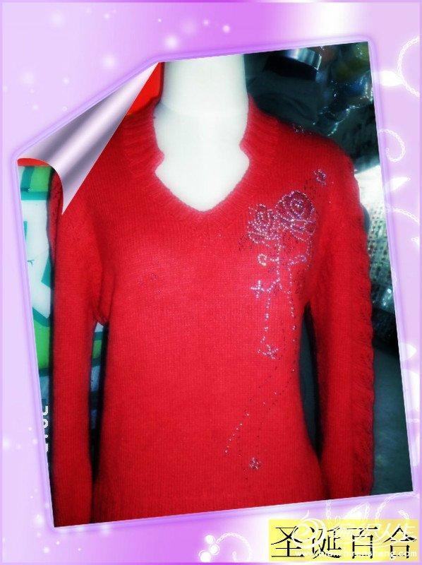 红色貂绒毛衣