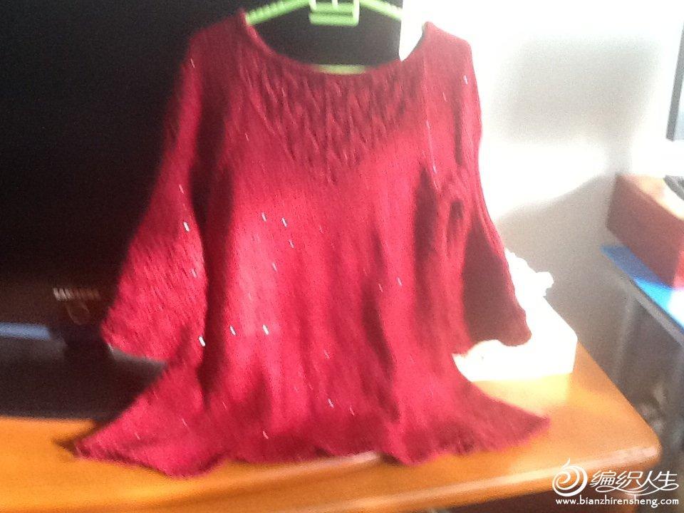 亮片线织的毛衣