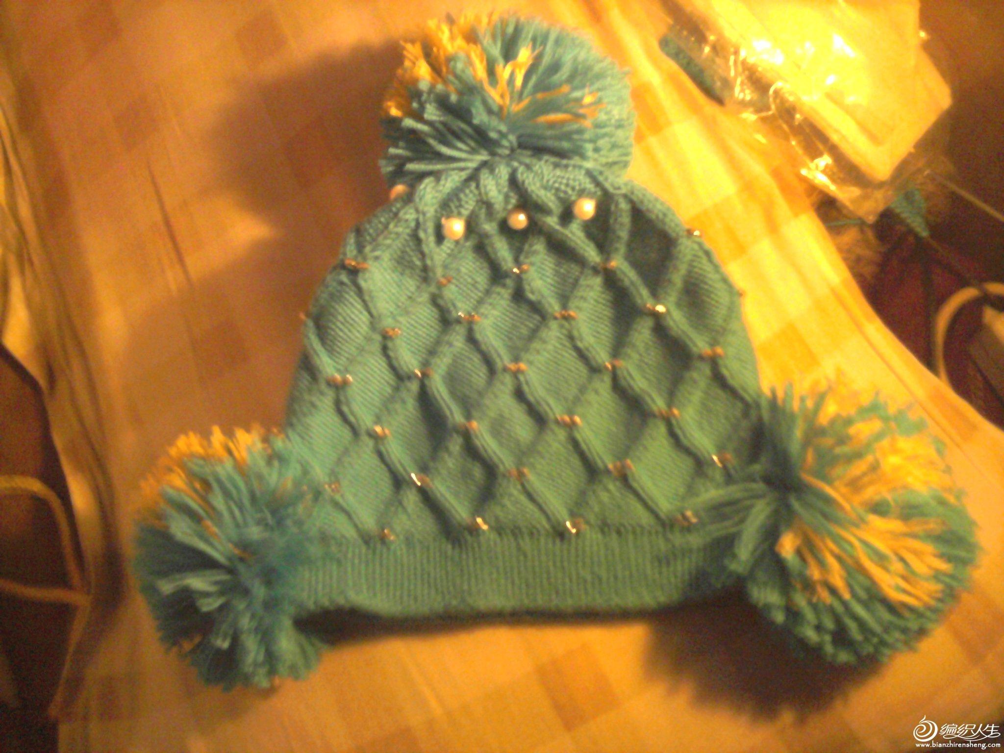 这是帽子是给同事的小孩织的