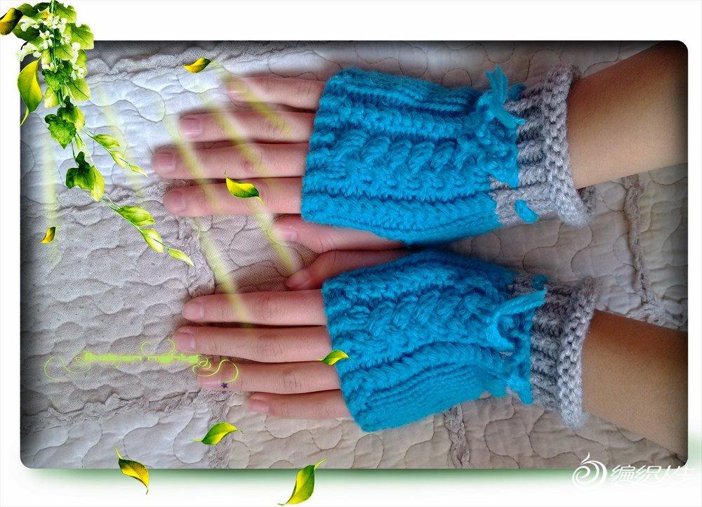 4股羊绒线,灰色配天蓝