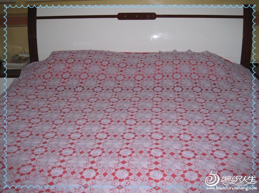 61  白色钩针床罩 简单的小熊图案 有图解 61  各位姐妹,这床罩