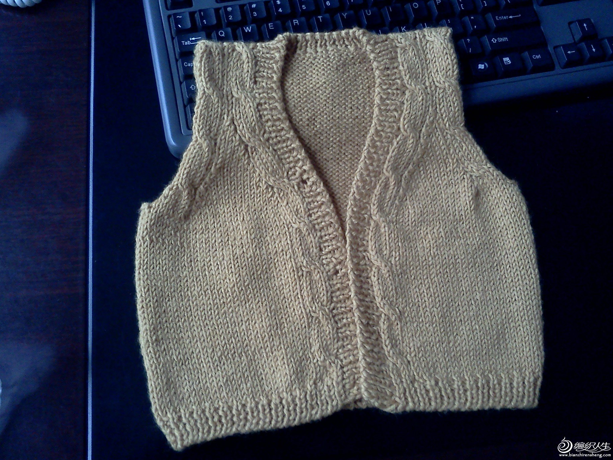 手工毛线编织背心