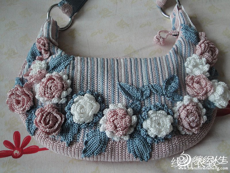 仿编织小屋的玫瑰花包包