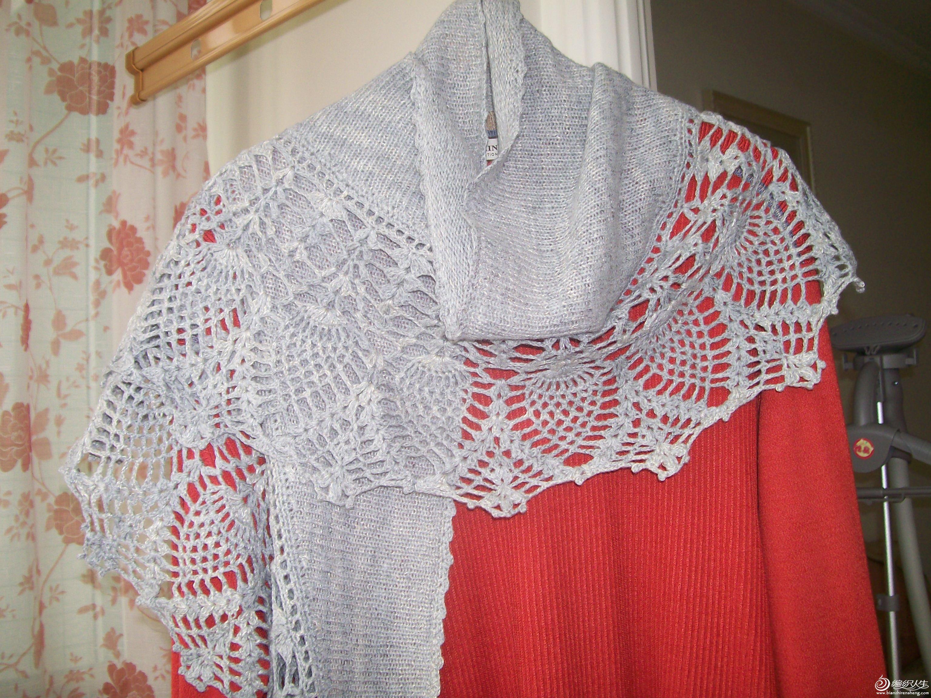 灰色月萝披肩,材质:2股纯羊毛加1股段染亚麻,尺寸:190*45售价:115