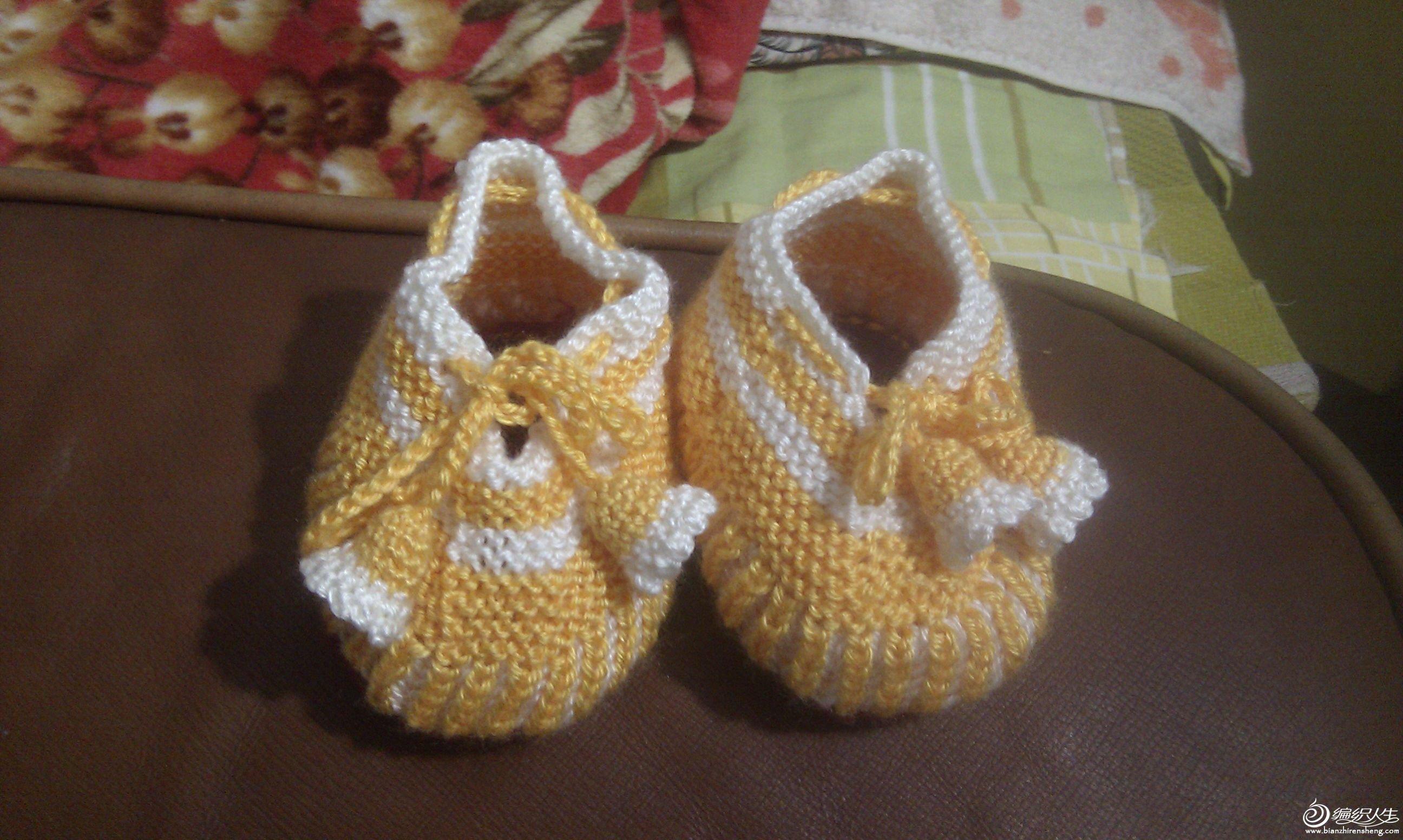 宝宝鞋子 可爱小黄鞋