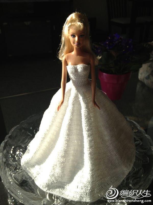 新娘--芭比婚纱装饰娃(附原版图解) lucy 【2014-4】