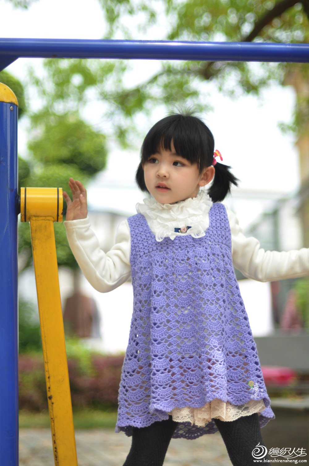 钩针儿童连衣裙