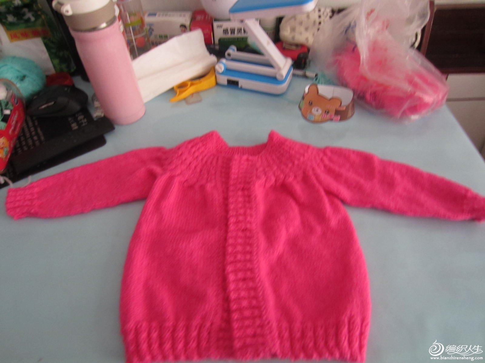 [儿童毛衣(棒针)]冬天的时候给女儿织的毛衣和背心