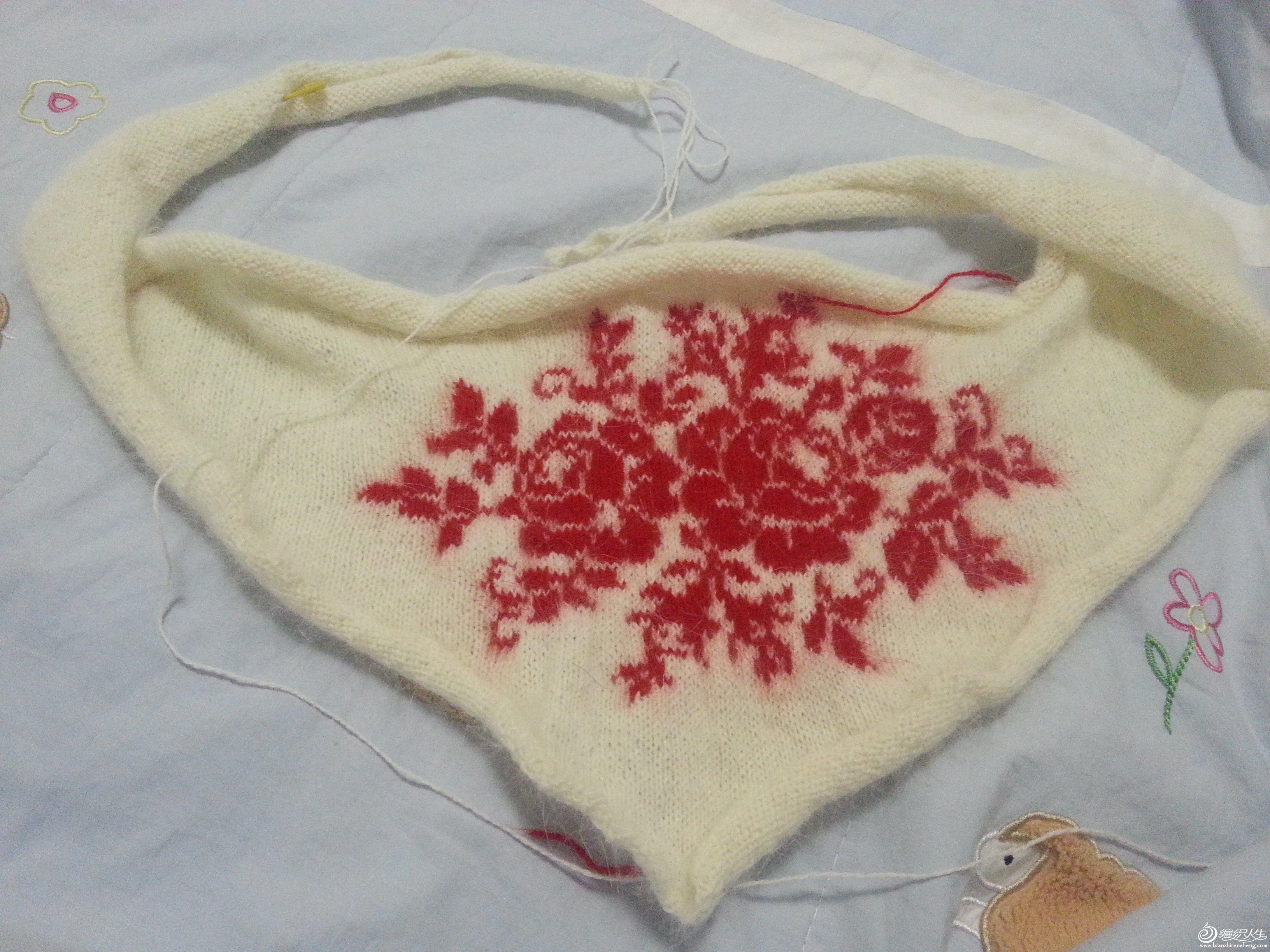 2014年完工的玫瑰花披肩(钩织结合)