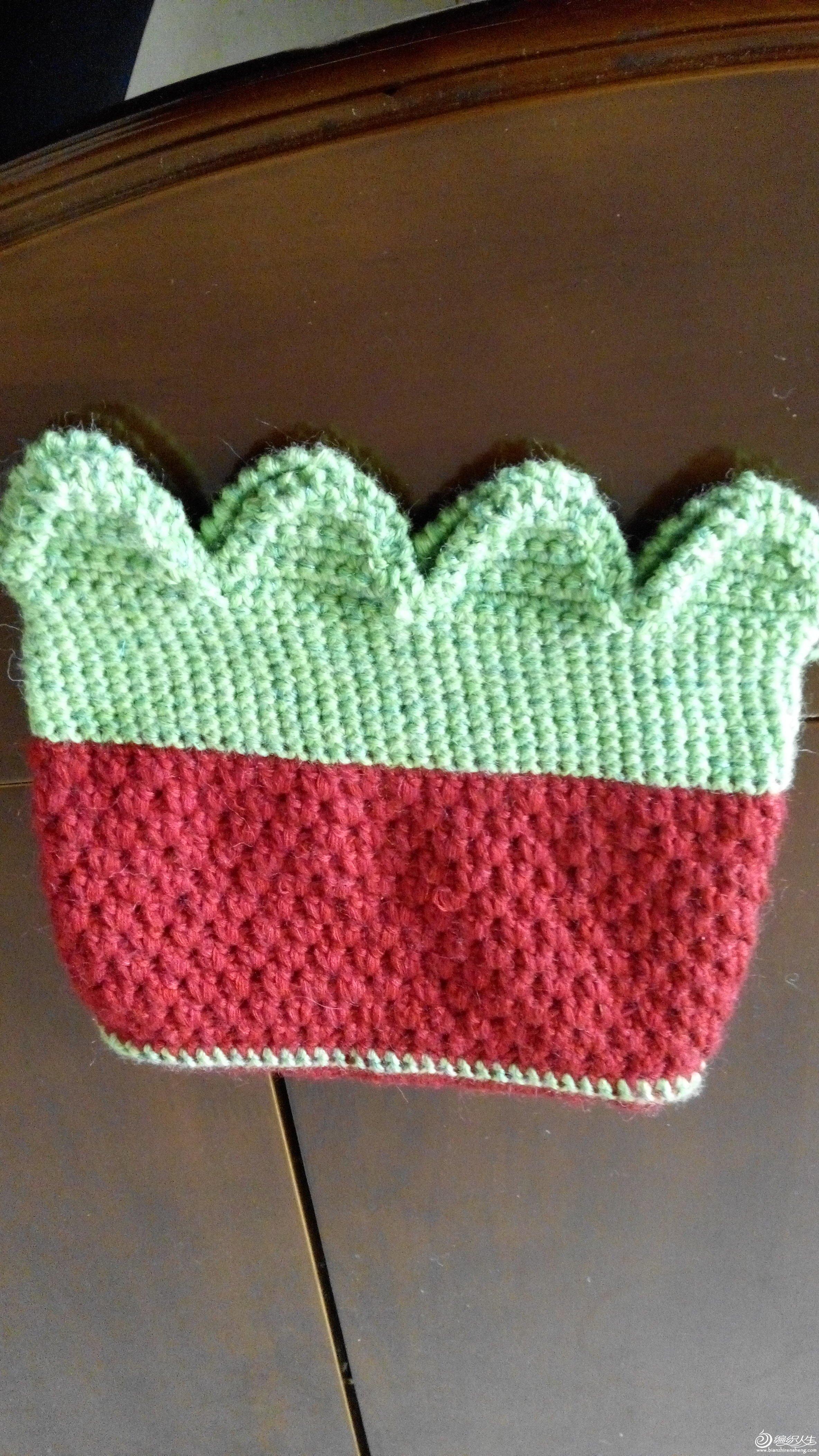 再钩草莓手提包(大量图解教程和真人秀)非常好看实用