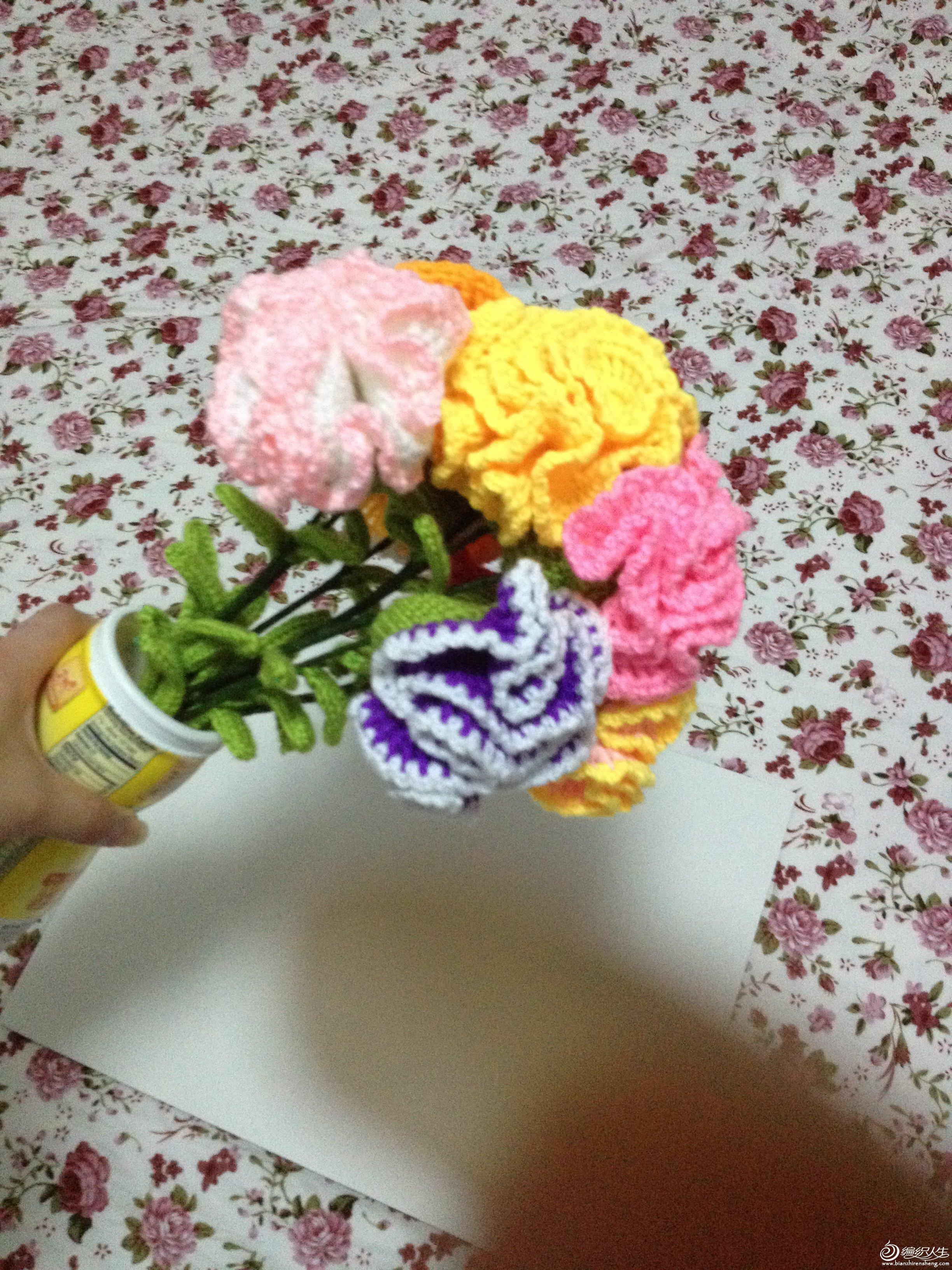 送妈妈的母亲节礼物----钩针康乃馨