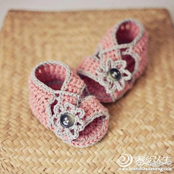 看图钩宝宝凉鞋