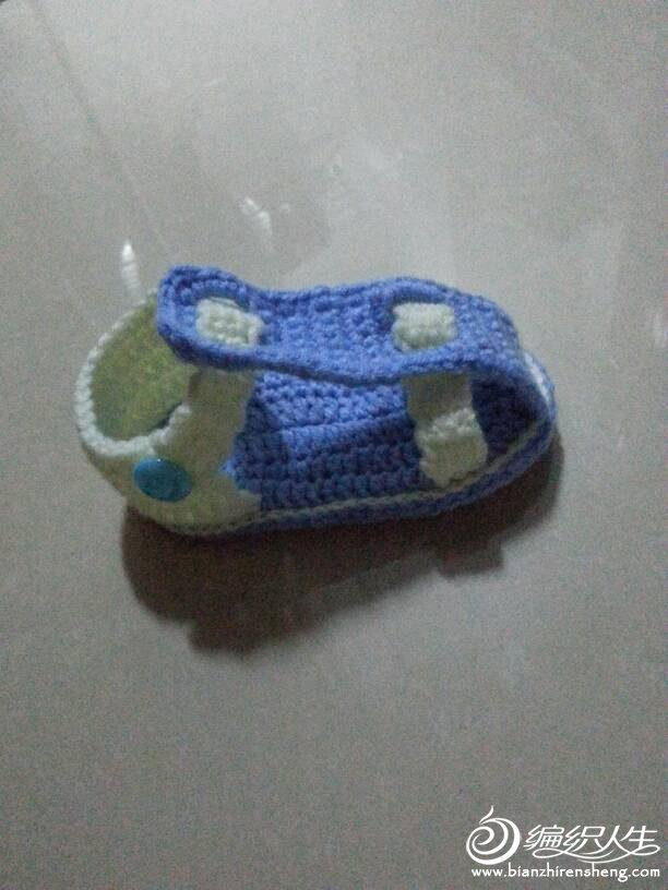 给宝宝钩的小凉鞋