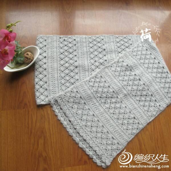 浅灰羊绒围巾