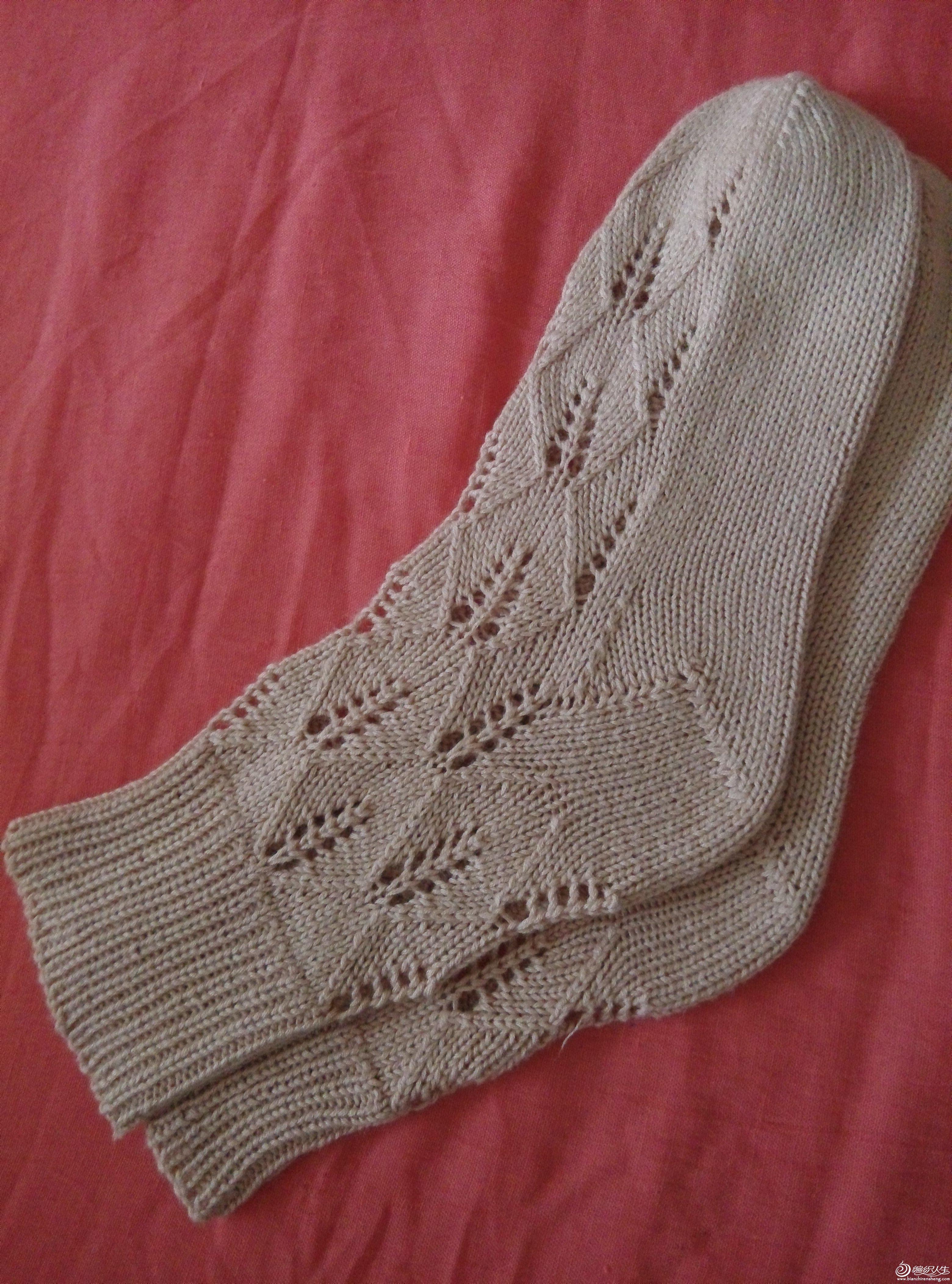 梦见织毛袜子