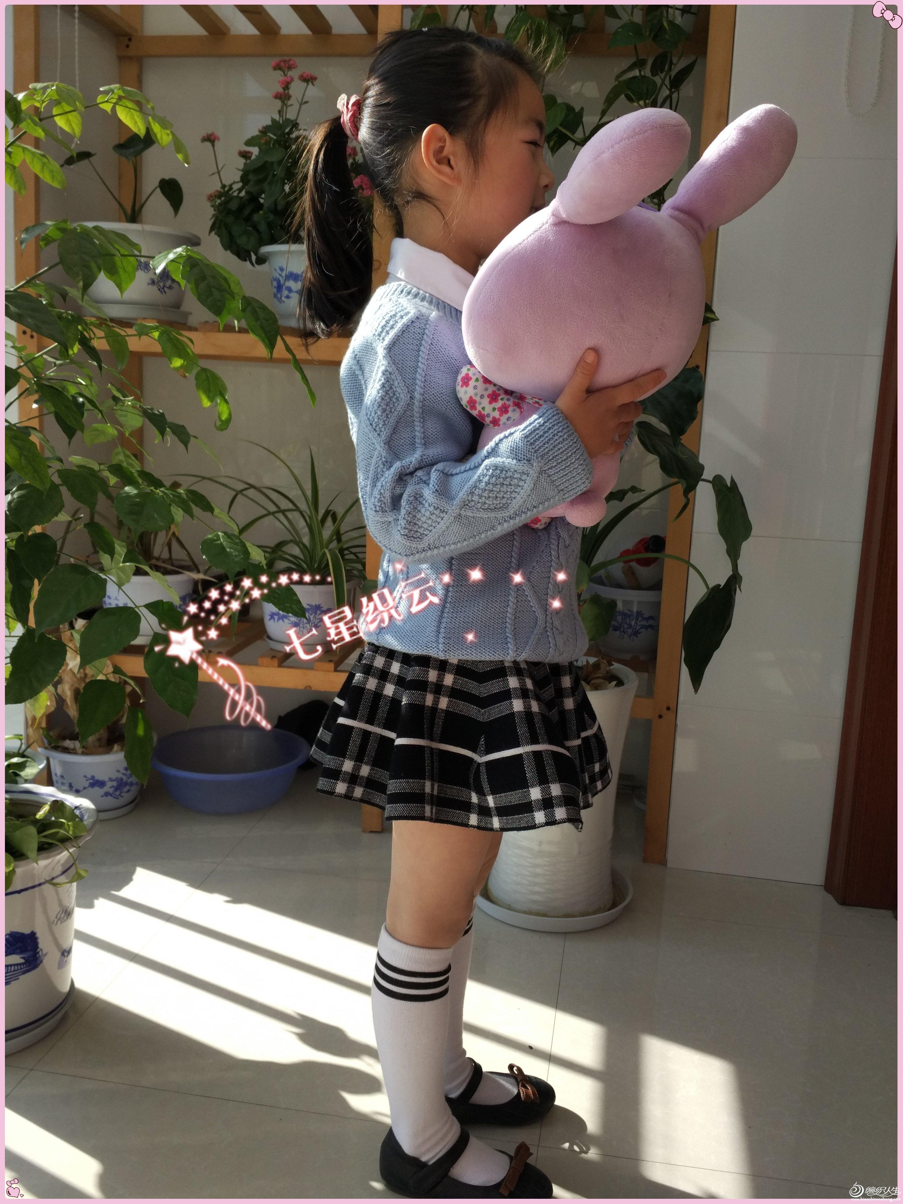 女童学院风毛衣