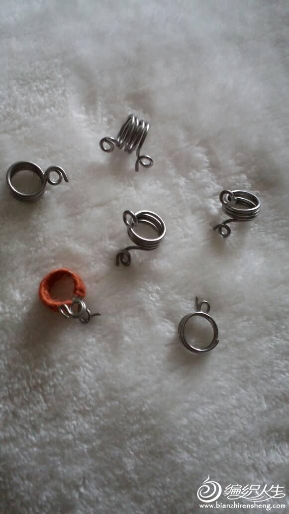 毛线带线器