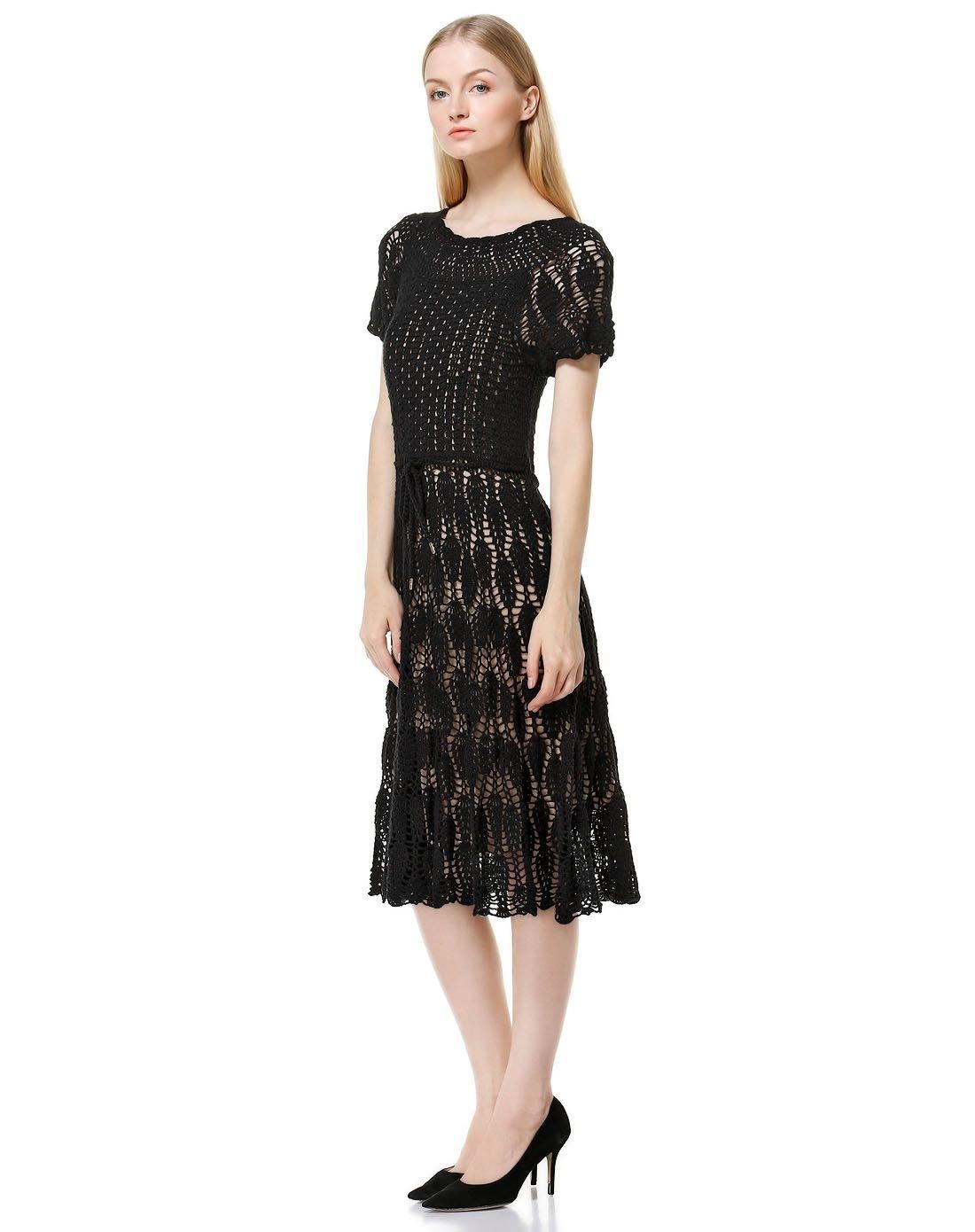 黑长裙5.jpg