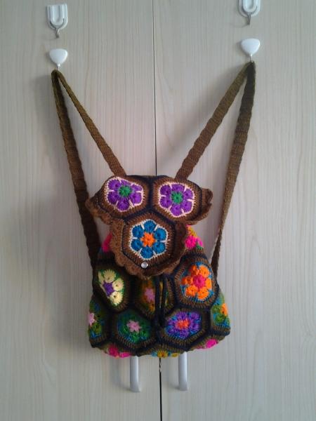 [包包] 【原创】女士双肩包,非洲花花片缝合,民族风 - yn595959 - yn595959 彦妮