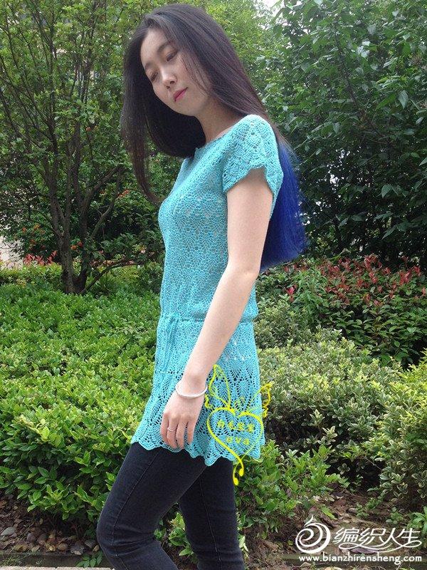 从上往下钩女士钩针菠萝花样裙衣  作品介绍: 女士钩针套头衫:盼夏