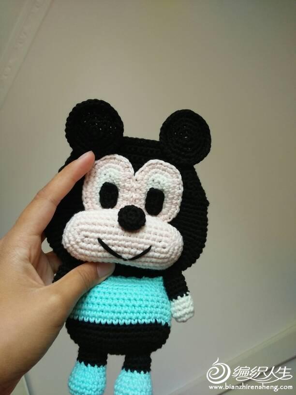 也可以做成挎包,或者宝宝的背心,一起来看看这个可爱包包怎么钩的吧