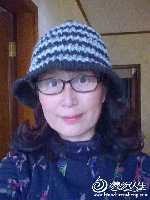 女士钩帽款式