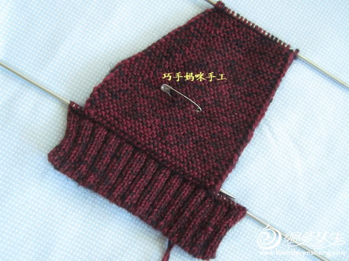编织教程 实用百搭棒针亲子马甲背心  宝宝背心口袋的织法: 正身织完