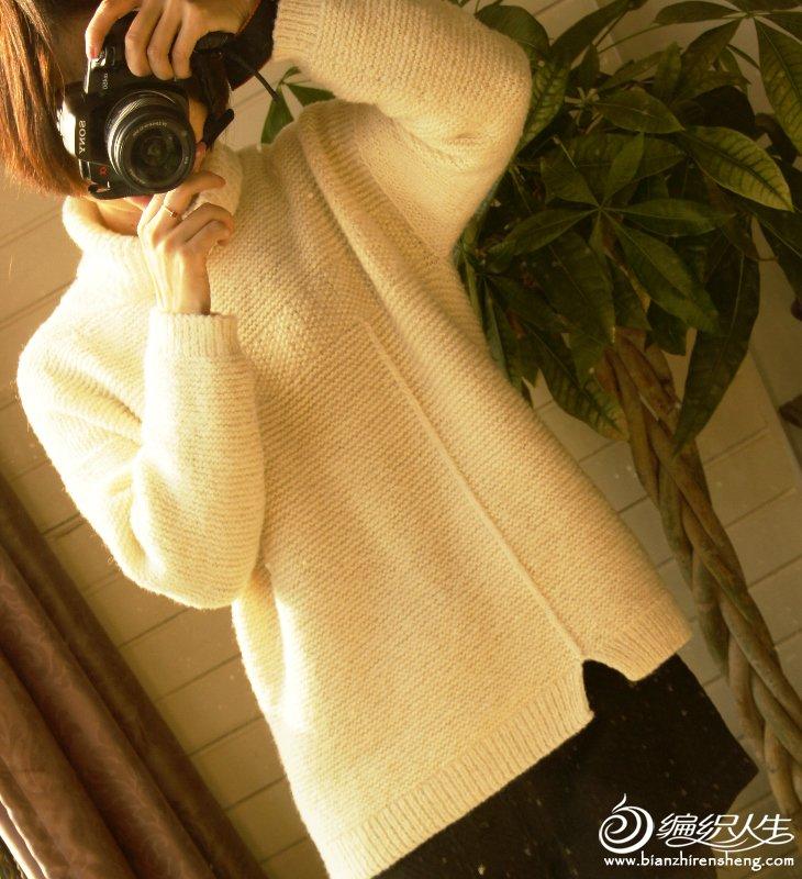 手编女士白毛衣
