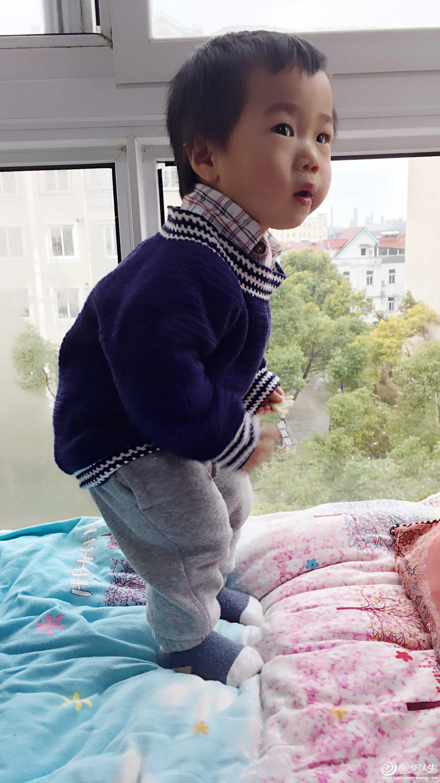 宝宝钩针套头衫
