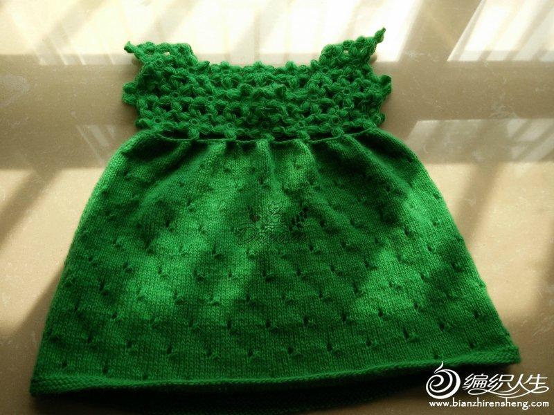 草木绿钩花宝宝裙