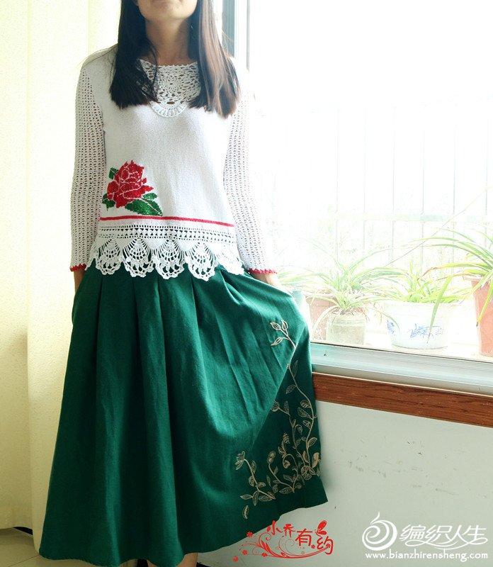 钩织结合玫瑰花图案女士毛衣