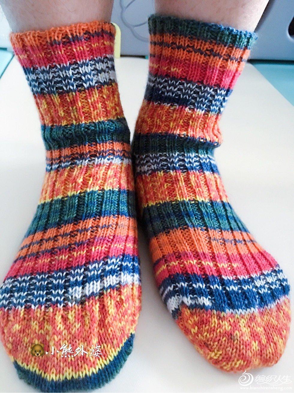 手工编织毛线袜子