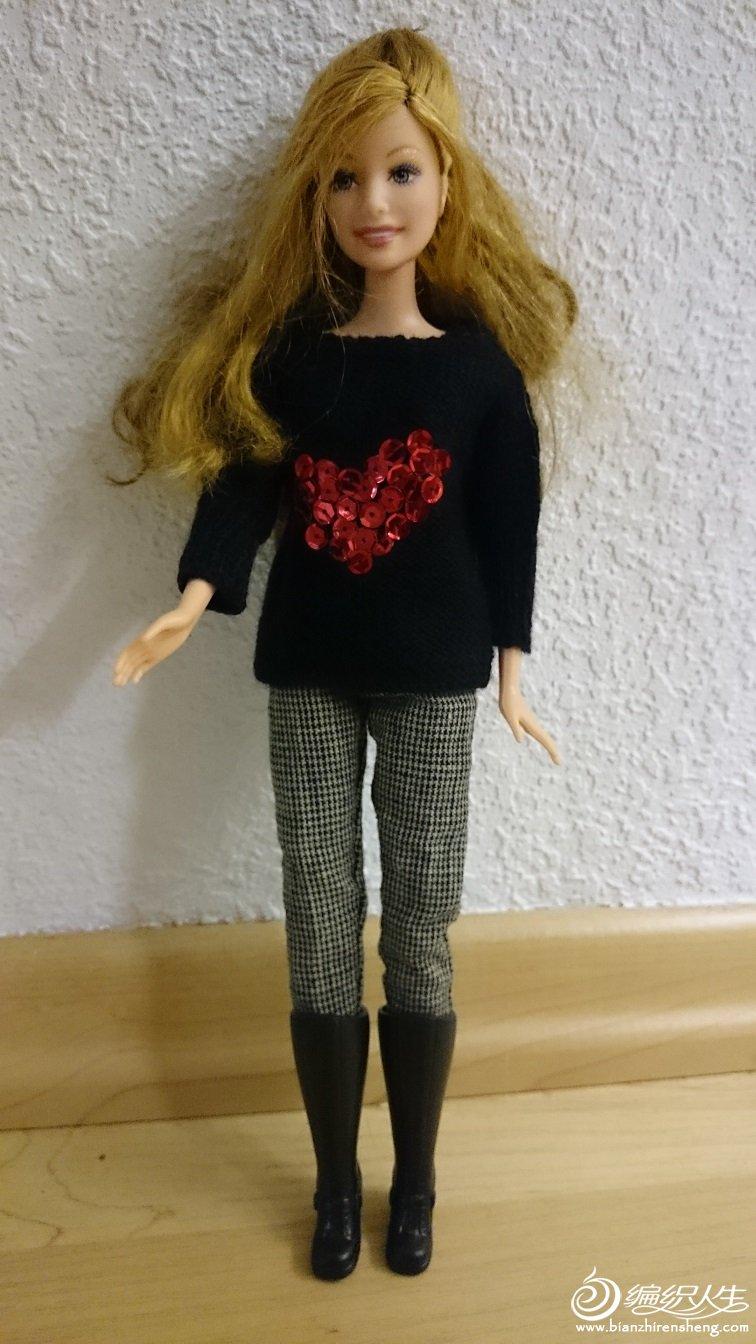 手工编织芭比毛衣