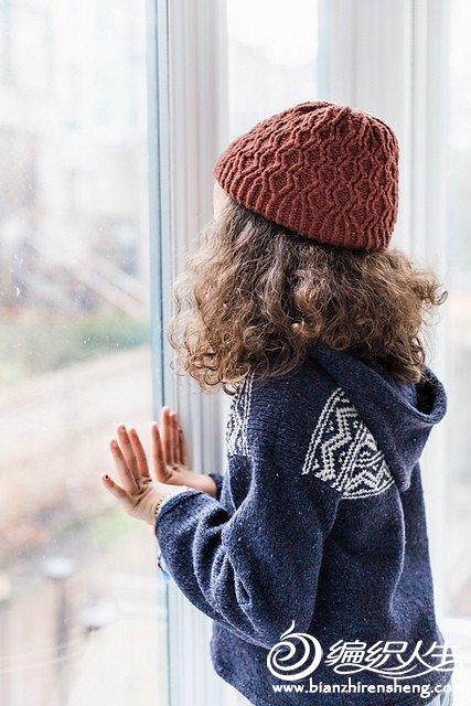 女童钩针提花毛衣