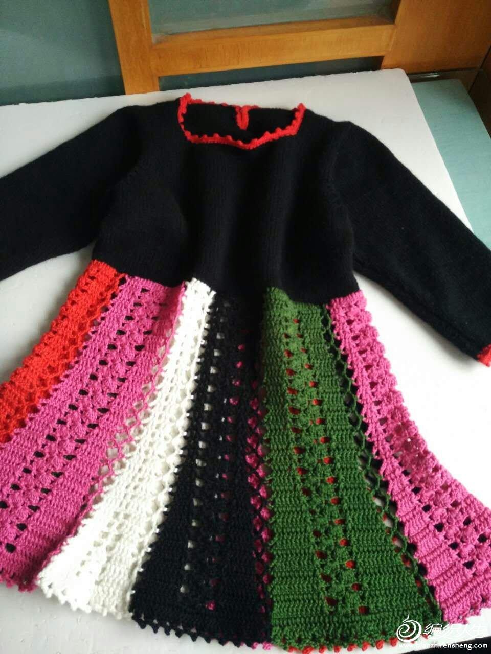 钩织结合儿童连衣裙