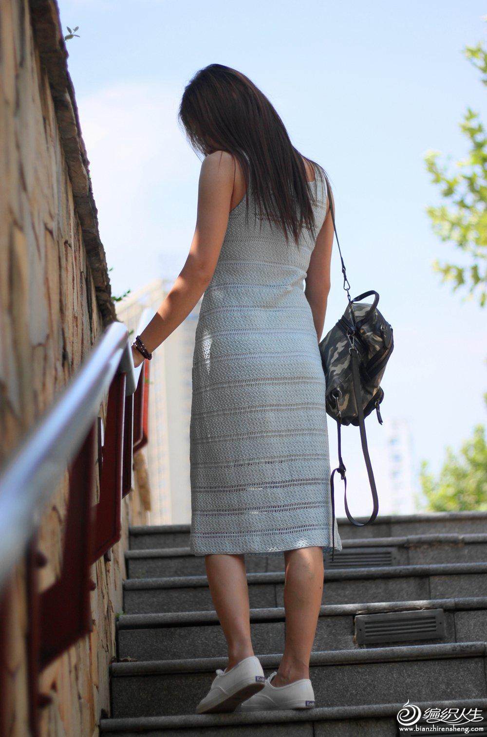 女士钩针修身连衣裙