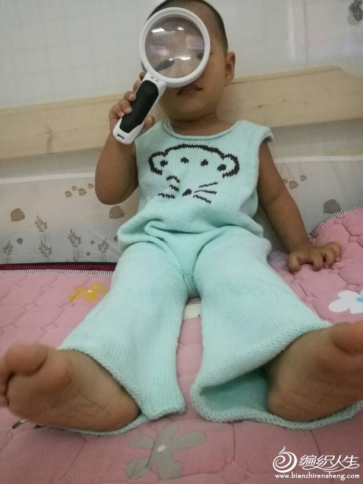 宝宝小熊毛线连体裤